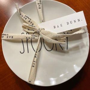 Rae Dunn Plate Set